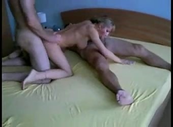 Swinger Young Wife In A Gangbang Homemade Sex Video